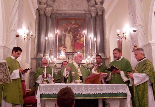 Los Padres del IVE asumieron la atención de una Unidad Pastoral en Tinos (Grecia)