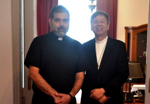 Ο Αποστολικός Νούντσιος στην Ελλάδα επισκέφτηκε τη μοναχική Κοινότητα του ΤΕΛ στην Τήνο