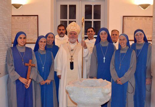 Nueva comunidad religiosa de las Hermanas Servidoras en Tinos (Grecia)