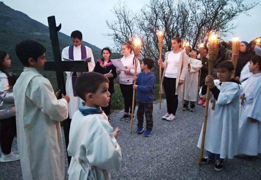 Via Crucis desde Steny hasta Potamia en Tinos